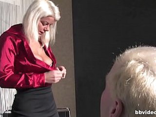 Unskilful German video blonde MILF cheating on will not hear of economize