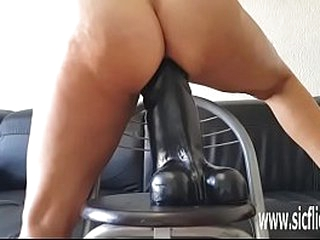 Extreme layman MILF Sarah wrecks her pussy shafting a grown toy