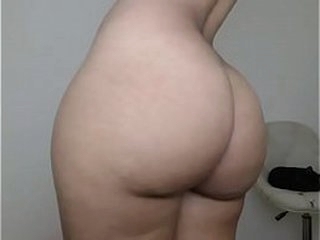 Beamy booty amateur